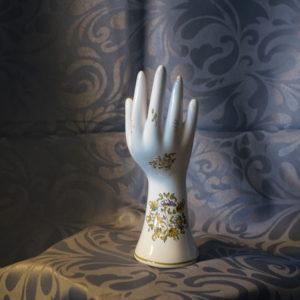 vase baguier main bijoux